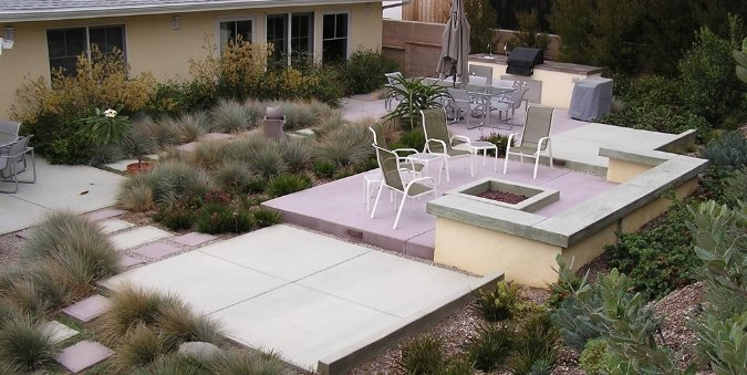 Backyard Entertainment Area Concrete Paving FormLA Landscaping, Inc. Tujunga, CA