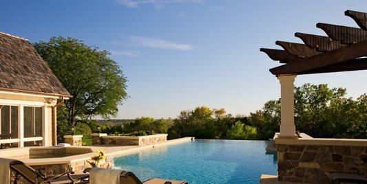 Infinity Pool, Custom Pool Barkley Landscapes & Design Group Minneapolis, MN