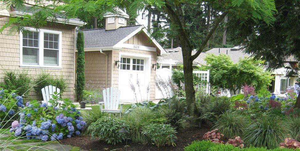Low, Evergreen, Hedge Spring Greenworks Bellevue, WA