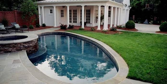 Oval Pool, Raised Spa J'Nell Bryson Landscape Architecture Charlotte, NC