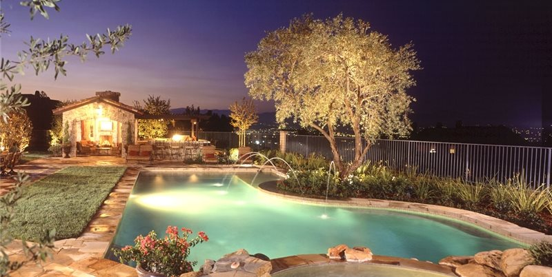 Tuscan Pool, Pool Lighting Studio H Landscape Architecture Newport Beach, CA