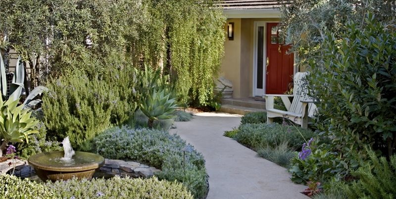 A courtyard garden renovation landscaping network for Front yard courtyard design