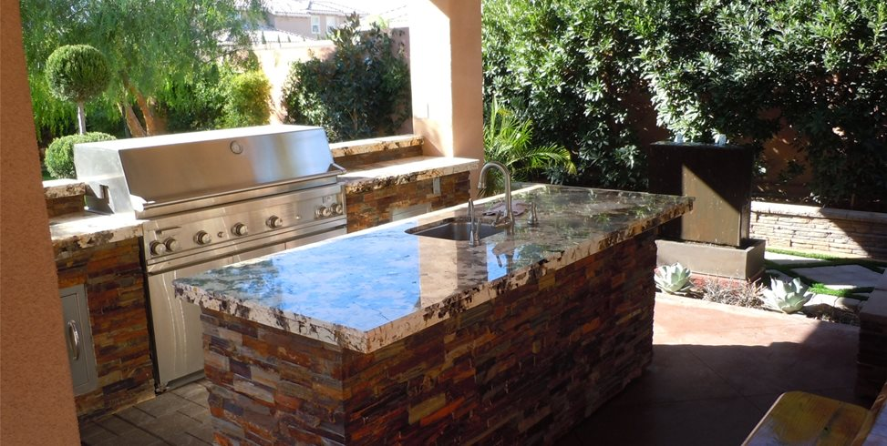 Backyard Kitchen Design Tips