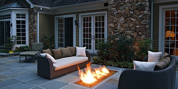 Backyard Gas Fire Feature, Fire Trough Gates and Fencing Beechwood Landscape Architecture & Construction Southampton, NJ