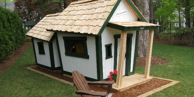 Crooked, Deluxe, Playhouse Kids Crooked House ME