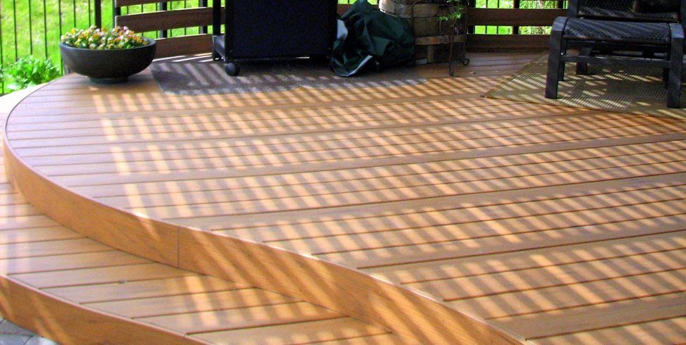 Curved Deck Breckon Land Design Inc. Garden City, ID
