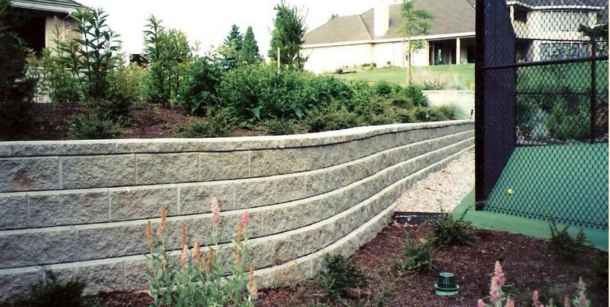 Gray Block Wall, Curved Retaining Wall Woody's Custom Landscaping Inc Battle Ground, WA