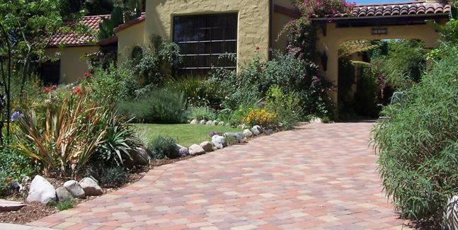 Driveway design ideas landscaping network for Soft landscaping ideas