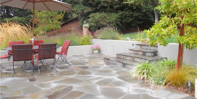 Irregular Flagstone Patio Patio Huettl Landscape Architecture Walnut Creek, CA
